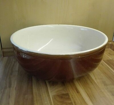 Große, alte Keramikschüssel. Omas alte Rührschüssel. Durchmesser 32.5 cm.
