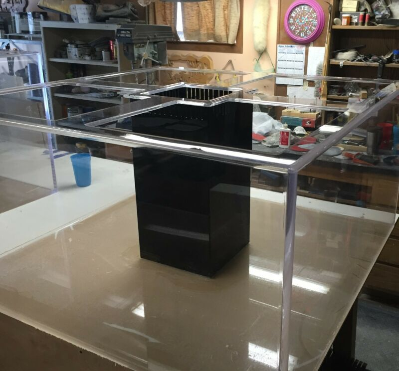 Acrylic Creations Aquarium.. 48/48/24 240 Gallons Heavy Duty. Read description