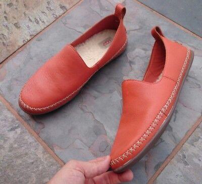 UGG, Designer Damen Schuhe Ballerinas Echt Leder Gr: UK 8,5 (EU 41), NEUWERTIG