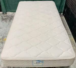 Excellent Sealy Brand king single bed mattress only.Pick up or deliver