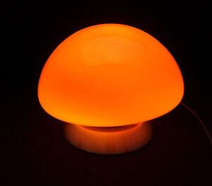 Lampe-a-poser-TOUCH-OVNI-loft-atelier-Design-style-vintage-orange-tactile