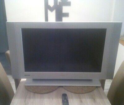Philips widescreen flat TV 37PF5320 94 cm (37