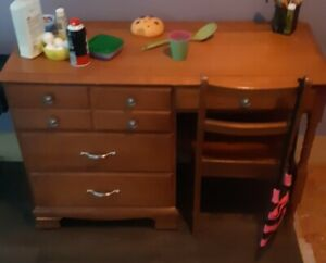 Desk for sale $150