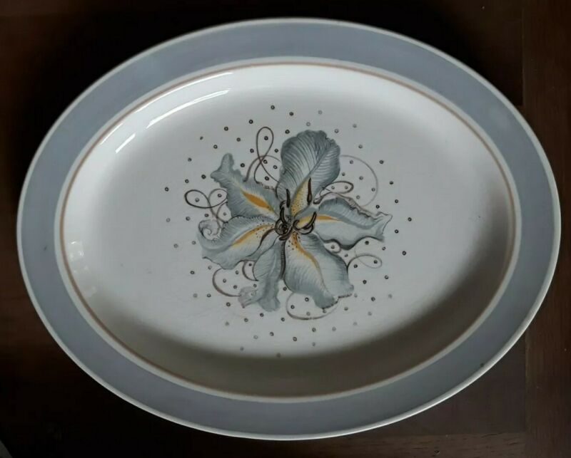 Vintage Susie Cooper Blue Orchid Burslem Medium Oval Serving Plate