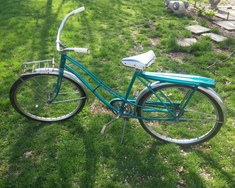 000 Vintage AMC VII Womens Bike Bicycle Blue