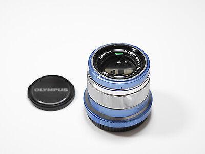 Olympus M.Zuiko Digital 45 mm F1.8 silber Objektiv Lens silver 45mm 1.1.8