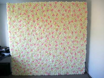 Flower Wall With Silk Roses & Stand Light & Easy One Man Assemble