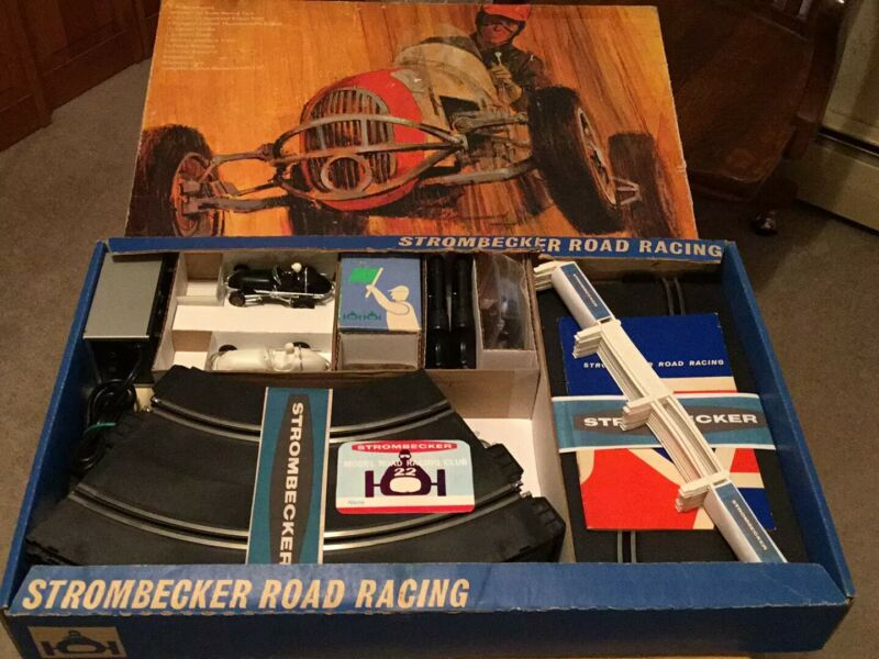 Set number 3 Strombecker, midget, 1/32 vintage slot car set RACE SET IN BOX