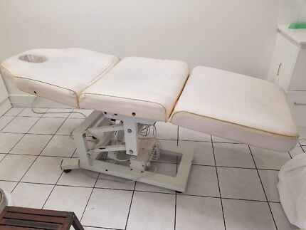 Electric Beauty Massage Table