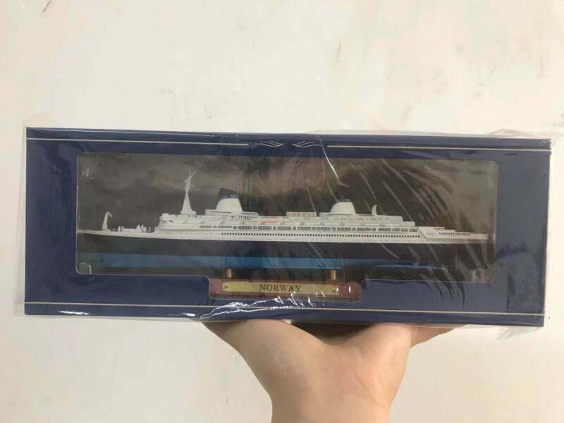 Atlas 1/1250 Scale NORWAY Cruise Ship Model Alloy Diecast Ship Toys