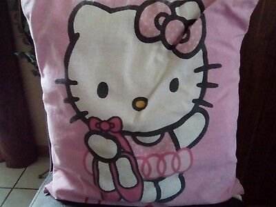Hello Kitty Kissen ca. 35x35 cm, rosa, gebraucht