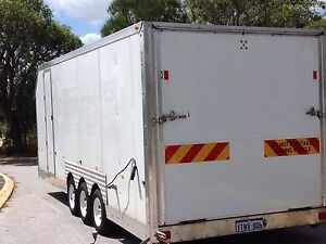 Enclosed triaxle trailer Joondalup Joondalup Area Preview