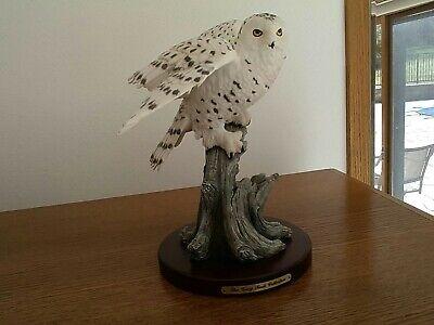 Snow owl figurine