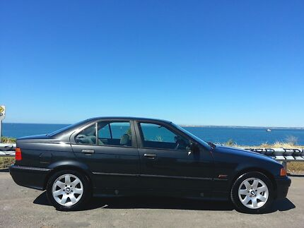BMW 1992 318i SEDAN North Shore Geelong City Preview