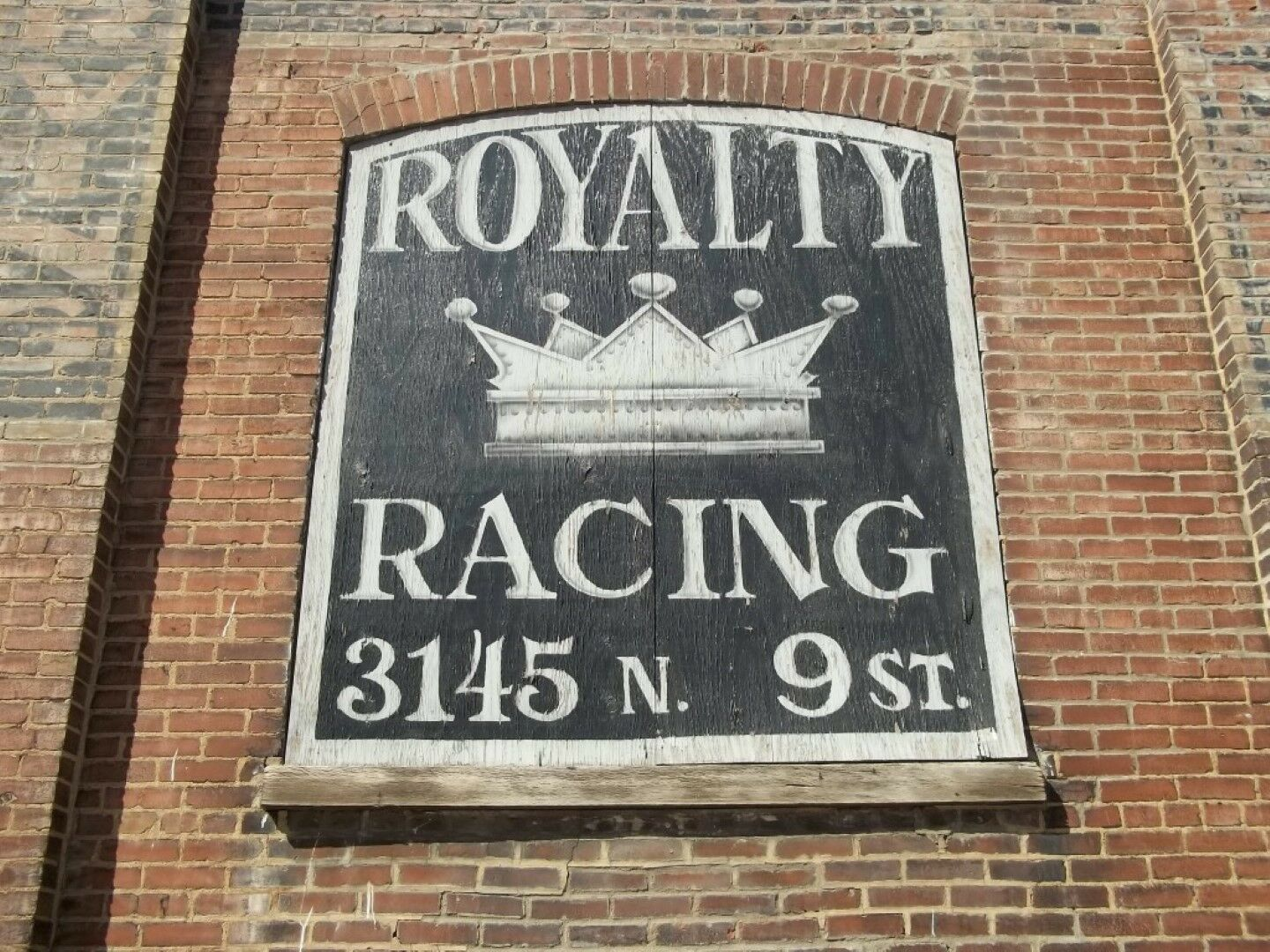 ROYALTY RACING