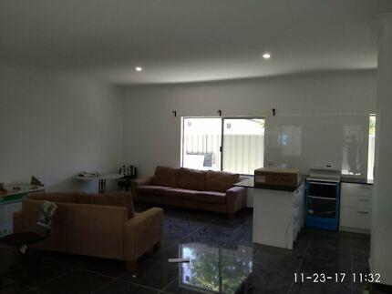 New Ensuit room Full furniture Good location
