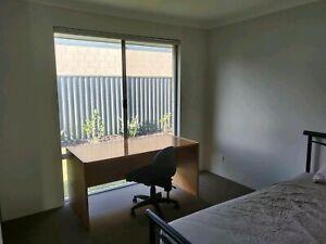 room for rent near cockburn train station