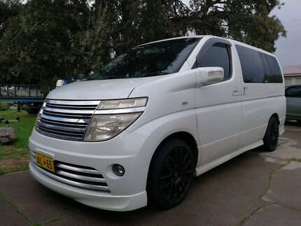 2004 Nissan Elgrand 8 Seaters Autech Special Edition Queens Park Canning Area Preview