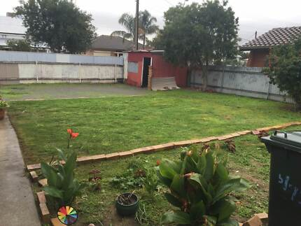 Rental / Yard Clean Ups / Rubbish Removal, Credit Cards Accepted Seaton Charles Sturt Area Preview