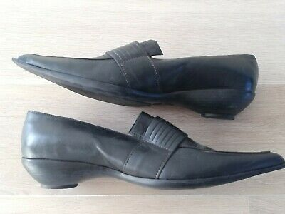 Chaussures pointues noires JB MARTIN neuves