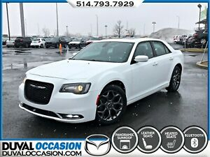 2015 Chrysler 300 S + AWD + TOIT PANORAMIQUE + NAVIGATION