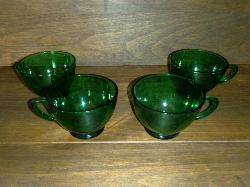 Vintage Forest Dark Green Glass Tea Coffee Cups Set of 4 Christmas Holiday