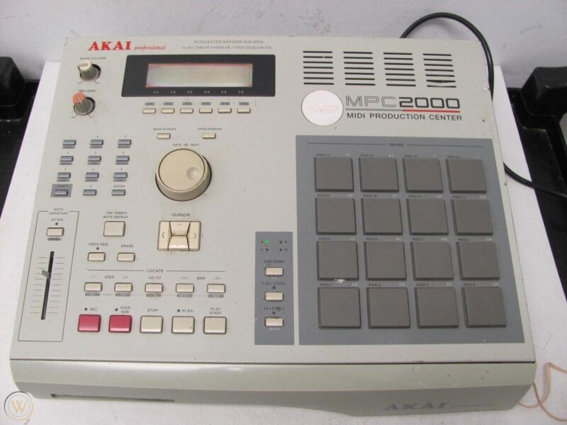 Akai Professional MPC 2000 MIDI Production Center Drum Machine Sampler