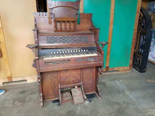 Piano Cornish Washington Pump Organ