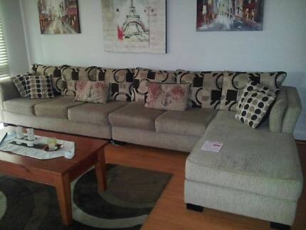 Five seater lounge with chaise St Marys Penrith Area Preview