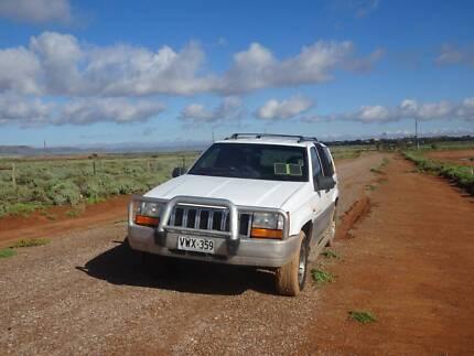 Jeep Grand Cherokee 1996, 4WD, 4x4