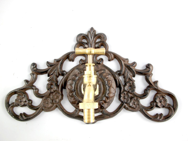 Zierrosette mit Wasserhahn Messing Antik Wasseranschluss Blende Verbinder Guss