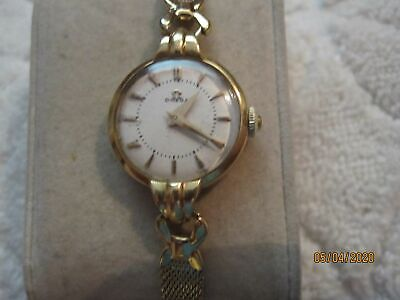 18K Lady Omega Wrist Watch w/ Gold Filled Bracelet ca. 1940's- SOLID 18K GOLD