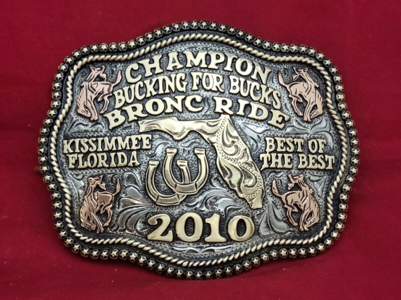 KISSIMMEE FLORIDA BRONC RIDING CHAMPION RODEO TROPHY BUCKLE☆2010☆VINTAGE 294