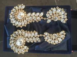 VINTAGE FRENCH COSTUME JEWELLERY EARRINGS Mosman Park Cottesloe Area Preview