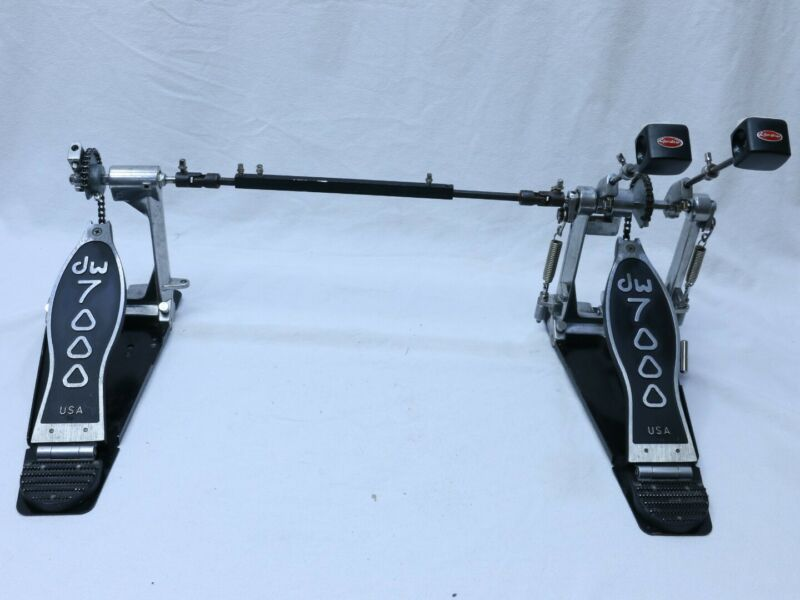 DW 7000 Drum Workshop Double Kick  Bass Chain Drive Twin Pedals READ Description