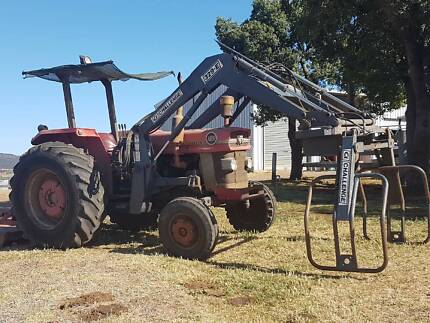 Massey ferguson 185-Multi power, 74HP tractor -- with implements