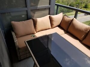 Outdoor sectional with table. 10/10
