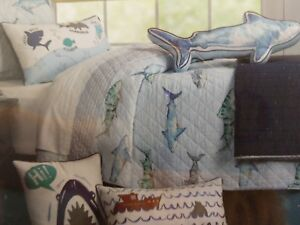 NEW BOAT HOUSE 2PC Twin Quilt & Shamt Set SHARKS 100% COTTON BLUE GRAY