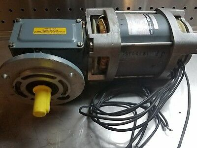 Groschopp Wk1517001 Motor Wreducer 220460vac60hz 2.08 Rpm221 In-lbs 100-80