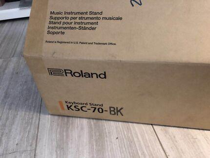 Roland KSC70BK Stand