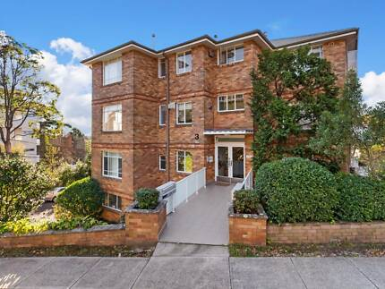FANTASTIC 1 BEDROOM UNIT IN LINDFIELD
