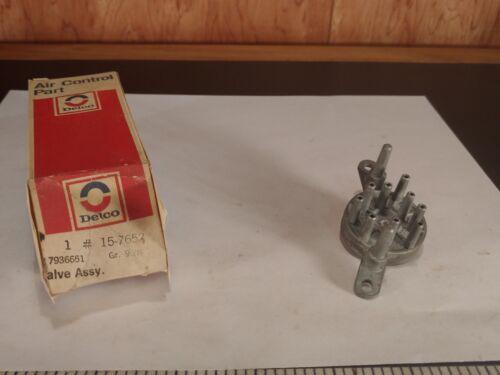 1973 1974 Chevelle 9 Port Vacuum Valve Delco 15-7652 GM 7936651 (bin44)