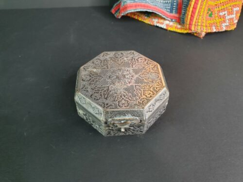 Old Middle Eastern Silver-Plated Vanity Box …beautiful collection and display pi