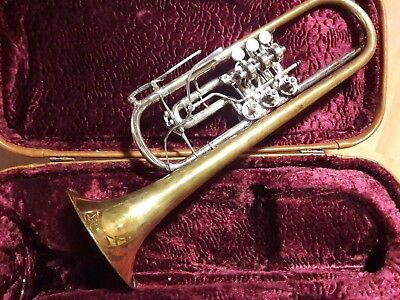 Seltene Trompete mit Koffer