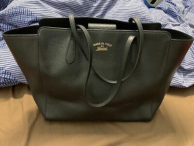 Gucci Gucci Swing 354397 Women's  Black Leather Tote Bag