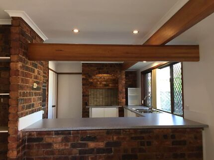 eight mile plains house for rent