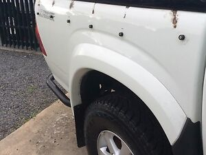 Isuzu Dmax early shape Tub and Tailgate Aspendale Gardens Kingston Area Preview