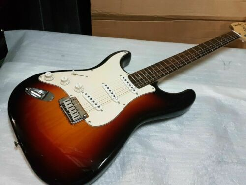 2002 SQUIER by FENDER STRATOCASTER - LEFT HAND