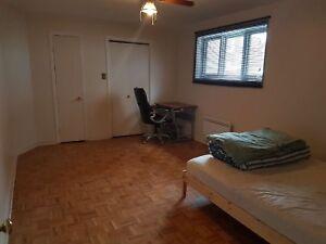 2 1/2 basement in a duplex (Ville St-Laurent)