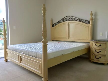 Luxury Solid Wood King Size Bed inc. Mattress (Firm)